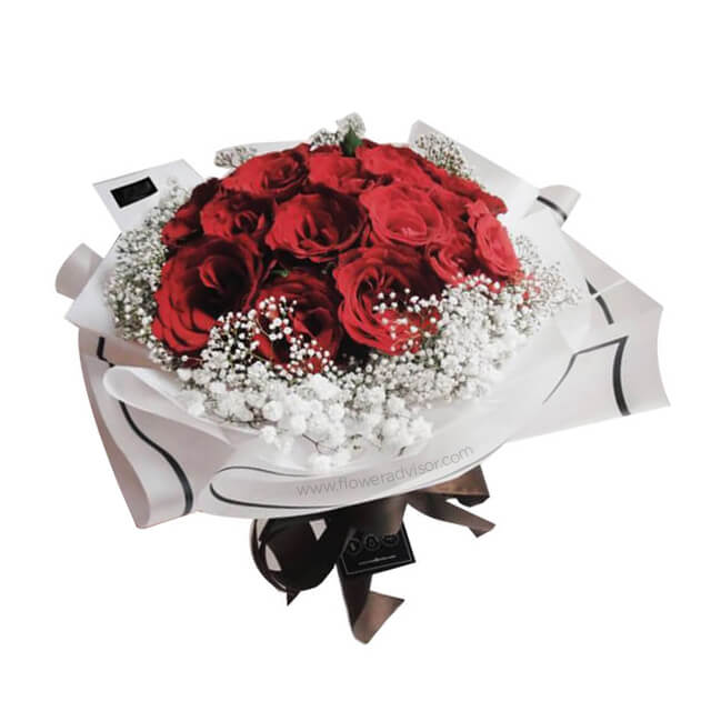 Red Vogue - Hand Bouquets