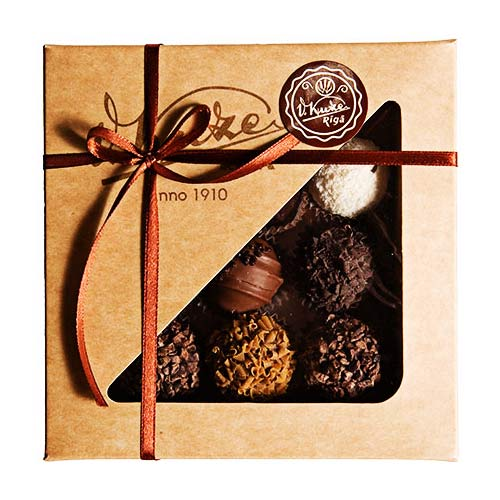 Box of Kuze chocolate truffles (Small)